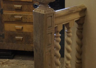 Oak Staircase Period Carved Newel post and Handrail with Barley Twist Spindles SASPOONER