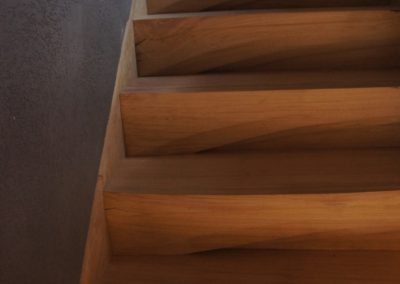 Contemporary Sculpted Cantilever Oak Staircase SASPOONER