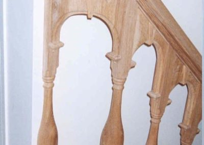 William and Mary Oak Staircase detailing a Wreath Carved Handrail and period turn spindles  SASPOONER